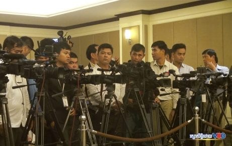 Cambodian journalists cover in an event in Phnom Penh. (Chorn Chanren/VOD)