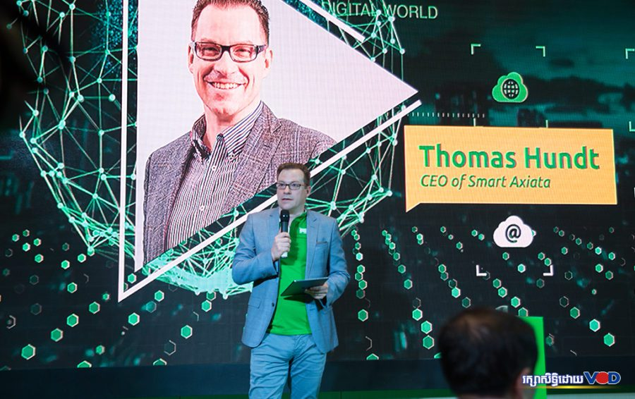 Mr. Thomas Hundt, CEO of Smart Axiata talk in inaugural event on July 08, 2019. Image: Hun Sirivadh