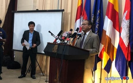 Government spokesman Phay Siphan addresses reporters at the Council of Ministers building in Phnom Penh on July 25, 2019. (VOD)