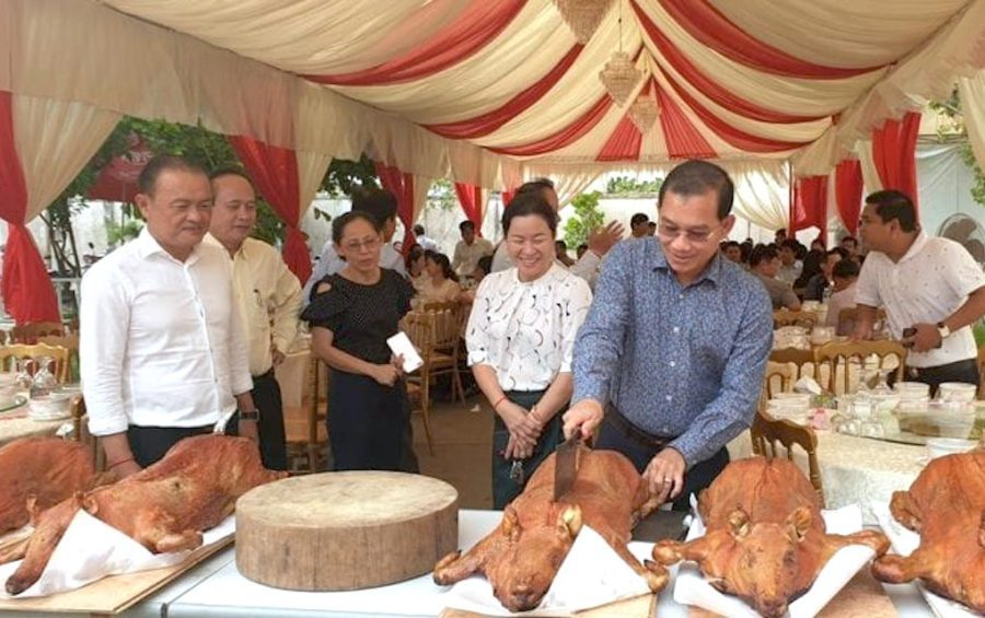Tan Phannara, director of the Agriculture Ministry's animal health department, presides over a 'Safe Pork-Eating' event on August 7, 2019.
