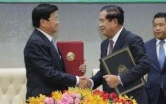 Hun Sen Seeks Asean Neighbors' Help in Arresting Sam Rainsy