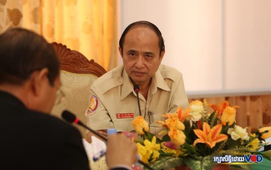 Om Yentieng, head of the Anti-Corruption Unit, speaks at a meeting (Touch Sokha)
