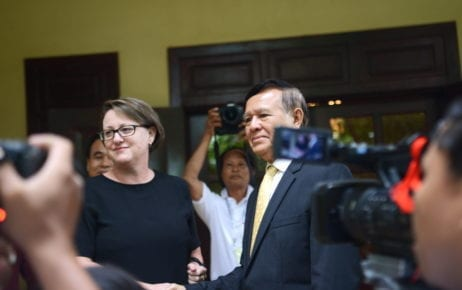Australian Ambassador to Cambodia Angela Corcoran and CNRP president Kem Sokha outside his Phnom Penh home on November 12, 2019 (Sanh Bun Hoeun/VOD)
