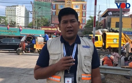 VOD reporter Vann Vichar reports from Poipet city in November 2019.