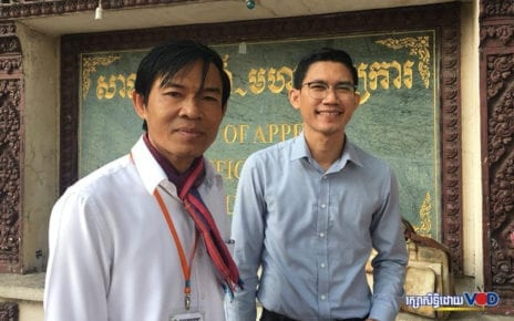 Former Radio Free Asia journalists Uon Chhin and Yeang Sothearin outside the Appeal Court in Phnom Penh on December 30, 2019. (Khan Leakhena/VOD)