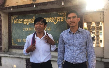 Uon Chhin and Yeang Sothearin outside the Appeal Court on December 23, 2019. (Khan Leakhena/VOD)