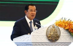 Hun Sen: Foreign Pressure Forces Cambodia to Choose Friends, Enemies