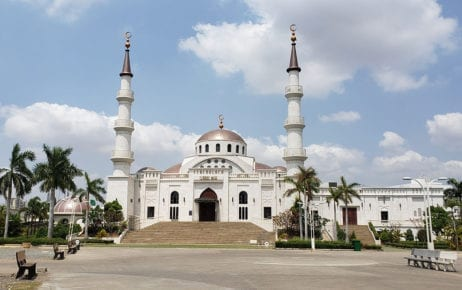 Al-Serkal Mosque in Phnom Penh's Daun Penh district on March 19, 2020 after Cambodia enacted a temporary ban on religious gatherings. (Danielle Keeton-Olsen/VOD)
