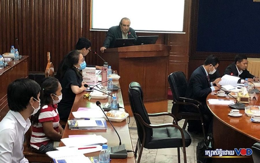 Civil society groups, youth, officials and other stakeholders attend a meeting in Phnom Penh on the draft access to information law on August 5, 2020. (Nat Sopheap/VOD)