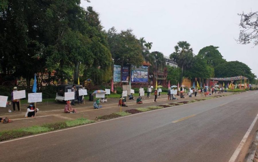 Workers from the Cambodian Cultural Village tourist attraction in Siem Reap City protest in front of the center on August 24, 2020. (Supplied by worker representative Lim Sopha)