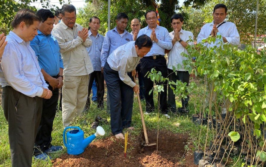 Kem Sokha plants a tree at Wat Pothivong in Prey Veng province's Svay Antor commune on August 29, 2020, in this photograph posted to his Facebook page.