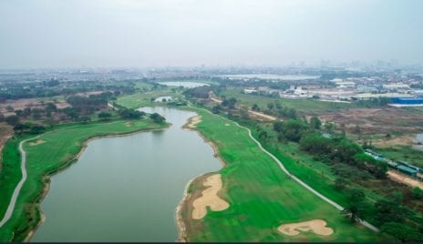 The pond and golf course at the Chip Mong Group-owned development, Grand Phnom Penh, in a screenshot taken from the company website.