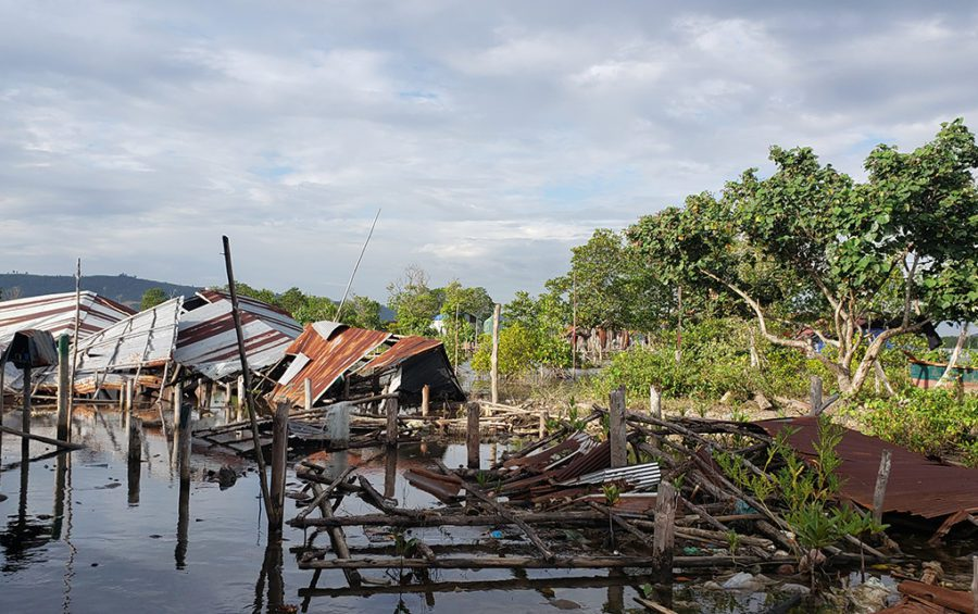 Houses that were torn down by authorities in late 2020 on Boeng Thom Angkep in Preah Sihanouk province's Prey Nob district on December 1, 2020. (Danielle Keeton-Olsen/VOD)
