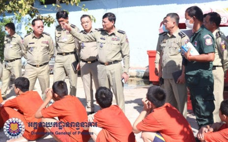 Prisons director Chhem Savuth gestures during a visit to Phnom Penh's Prey Sar Prison on November 23, 2020. (Directorate General of Prisons)