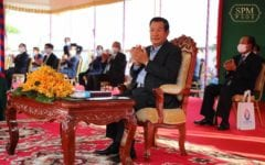 Hun Sen Says He Is Tired of 'Jealous' Criticisms Over Lake-Filling