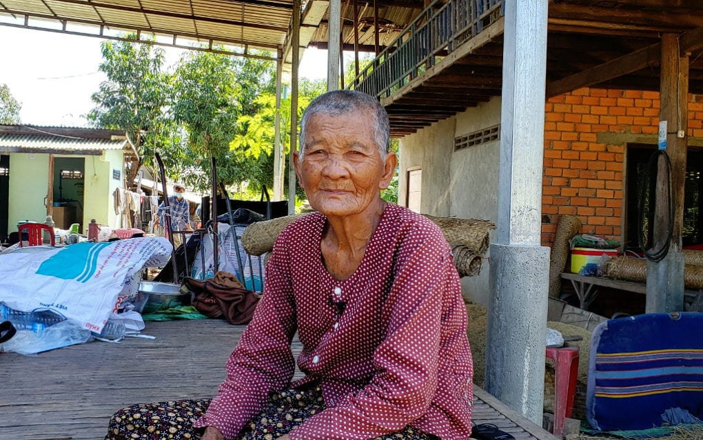 Sao Von, 80, at her house in Kampong Chhnang province's Rolea Ba'ier district. (Danielle Keeton-Olsen/VOD)