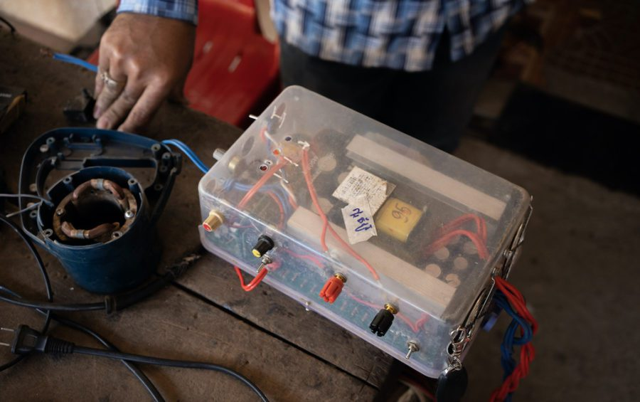 A homemade electric fishing kit that had been brought in to a hardware shop in Kratie's provincial capital by Vietnamese-Cambodian fishers for repair. (Andy Ball)