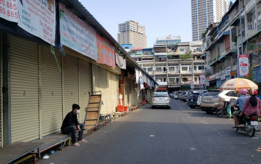 A row of shops closed at O'Russey Market during Covid-19 market closures across Phnom Penh on May 11, 2021. (Danielle Keeton-Olsen/VOD)
