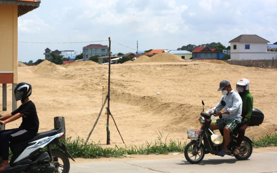 A plot of land sold by Wat Sovann Sakor in Kandal province, on July 12, 2021. (Michael Dickison/VOD)