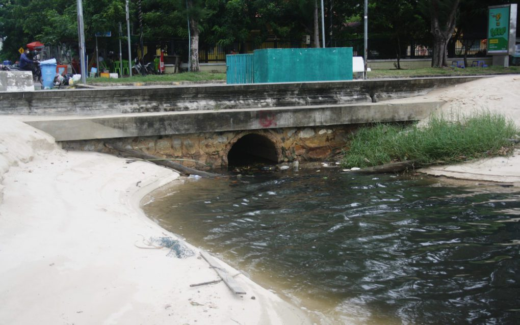 A drain where residents say raw sewage pumps into the Kampot river, on August 25, 2021. (Michael Dickison/VOD)