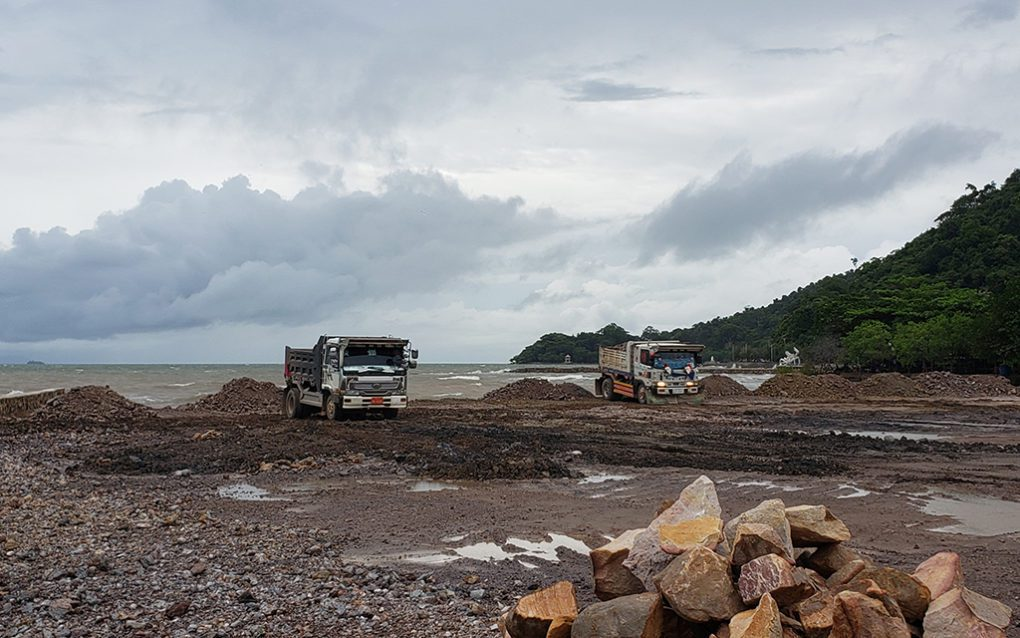 Trucks dump sand into a filling site near the Kep provincial hall in Kep city on August 25, 2021. (Danielle Keeton-Olsen/VOD)