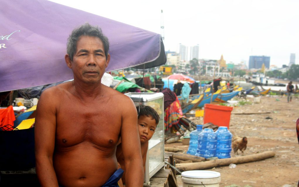 Mal Man, 64, says fishers need clean up plastic from the rivers before they can catch any fish, on September 15, 2021 in Phnom Penh's Chroy Changva. (Michael Dickison/VOD)