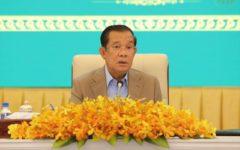 Hun Sen Asks Court to Stop the Arrest of Political Analyst Seng Sary