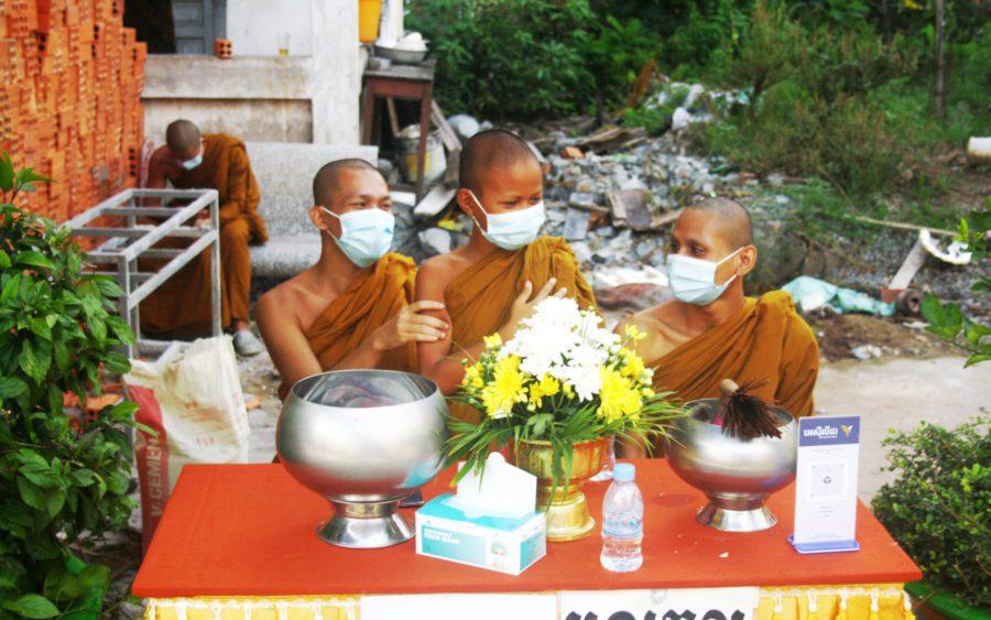 Monks wear masks at Phnom Penh's Wat Svay Pope on September 22, 2021. (Michael Dickison/VOD)