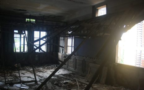 A room at an abandoned school building on Phnom Penh's Street 144, on October 15, 2021. (Michael Dickison/VOD)